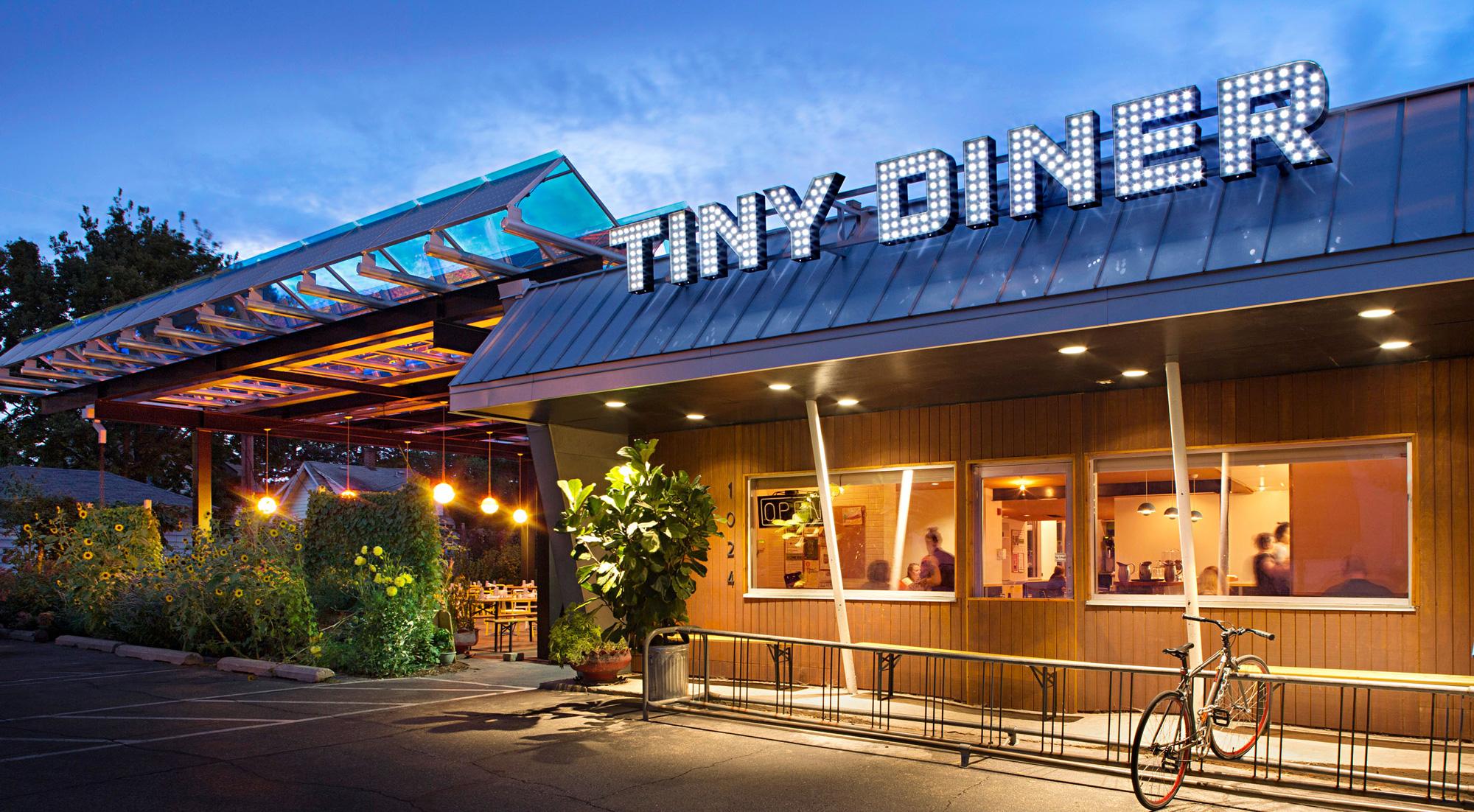 Tiny Diner
