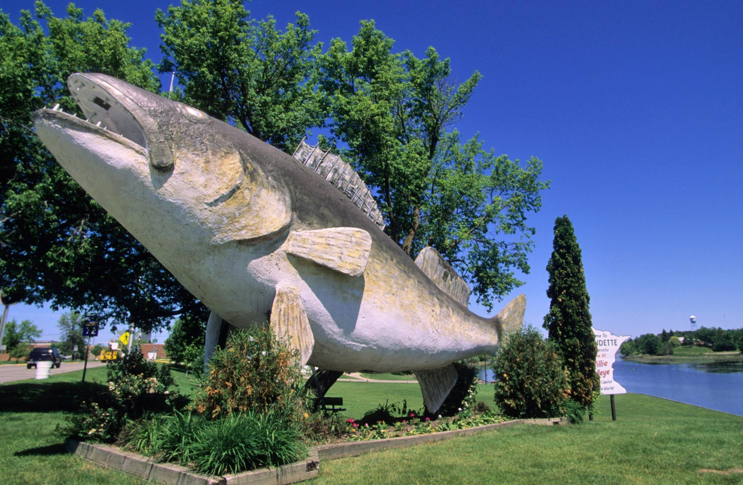 Walleye sculpture in Baudette