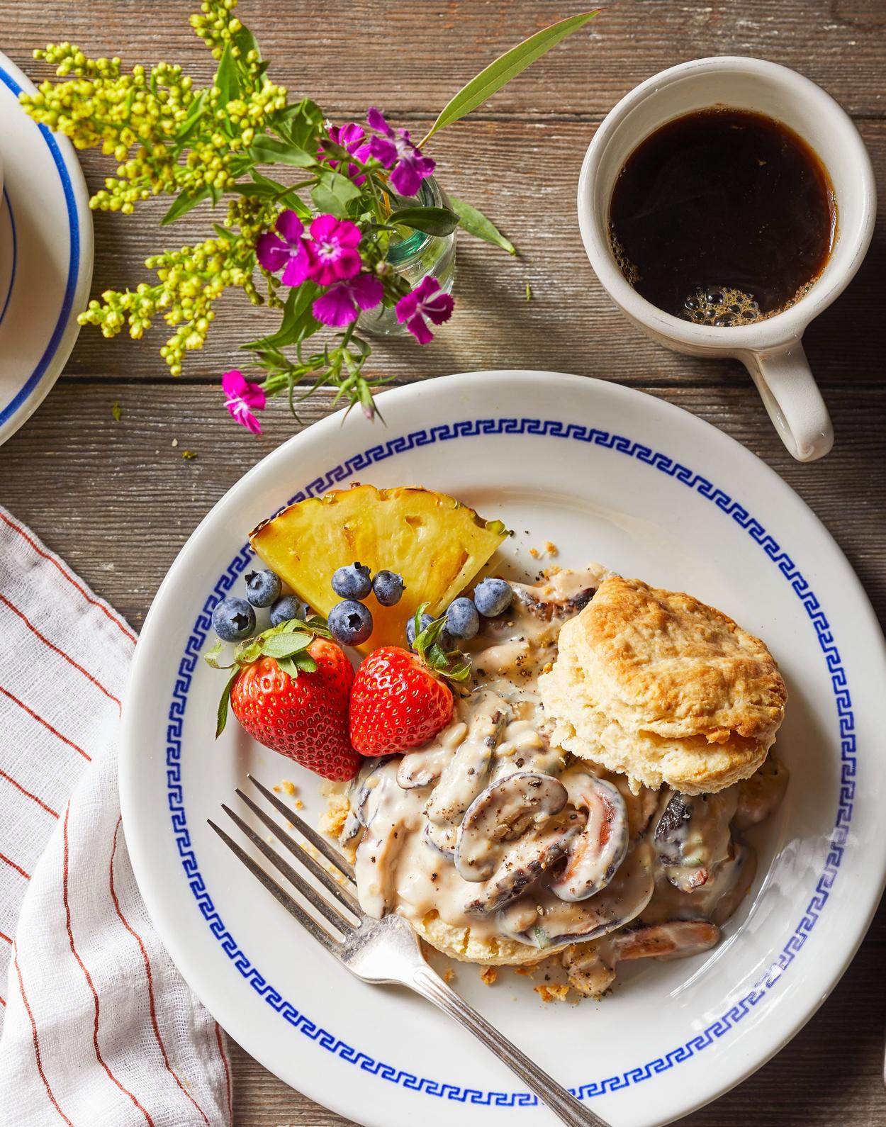Buttermilk biscuits and mushroom gravy