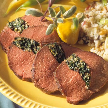 Spinach-Stuffed Beef Tenderloin