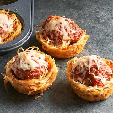 Mini Spaghetti and Meatball Pies