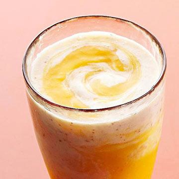 Banana, Peach and Flax Swirly Smoothies