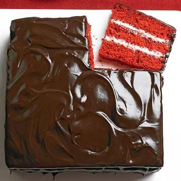 Chocolate and Vanilla Red Velvet Cake