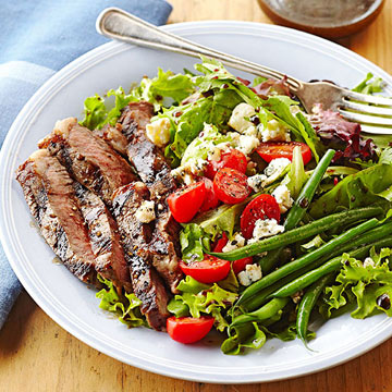 Steakhouse Salad with Ribeye and Blue Cheese