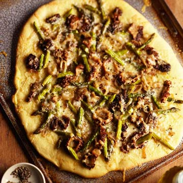 Morel and Asparagus Crispy Pizza
