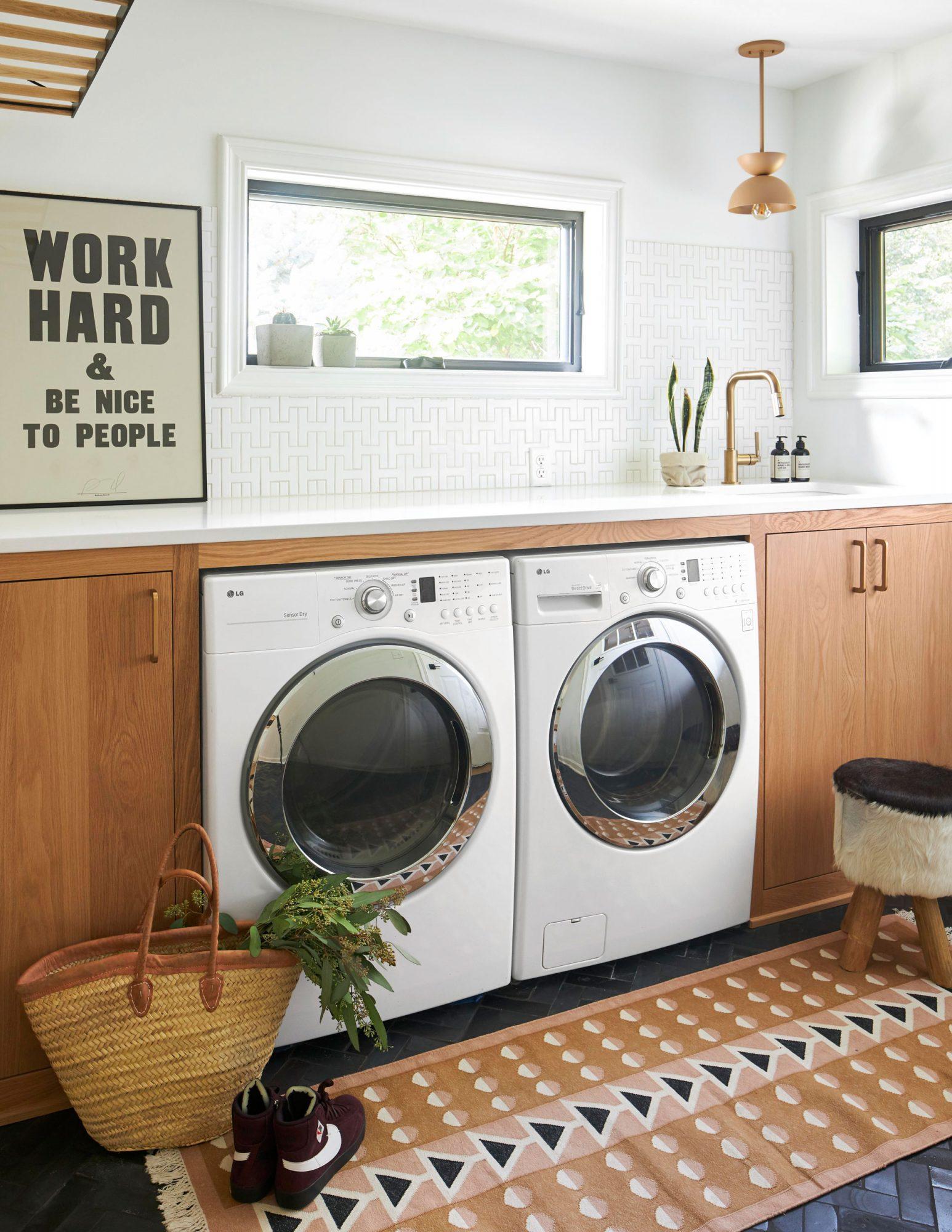 Hall laundry