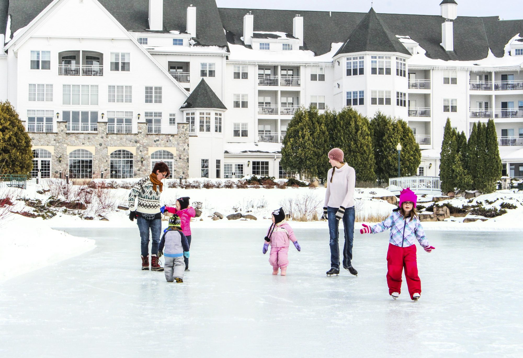Winter skating on Osthoff Pond