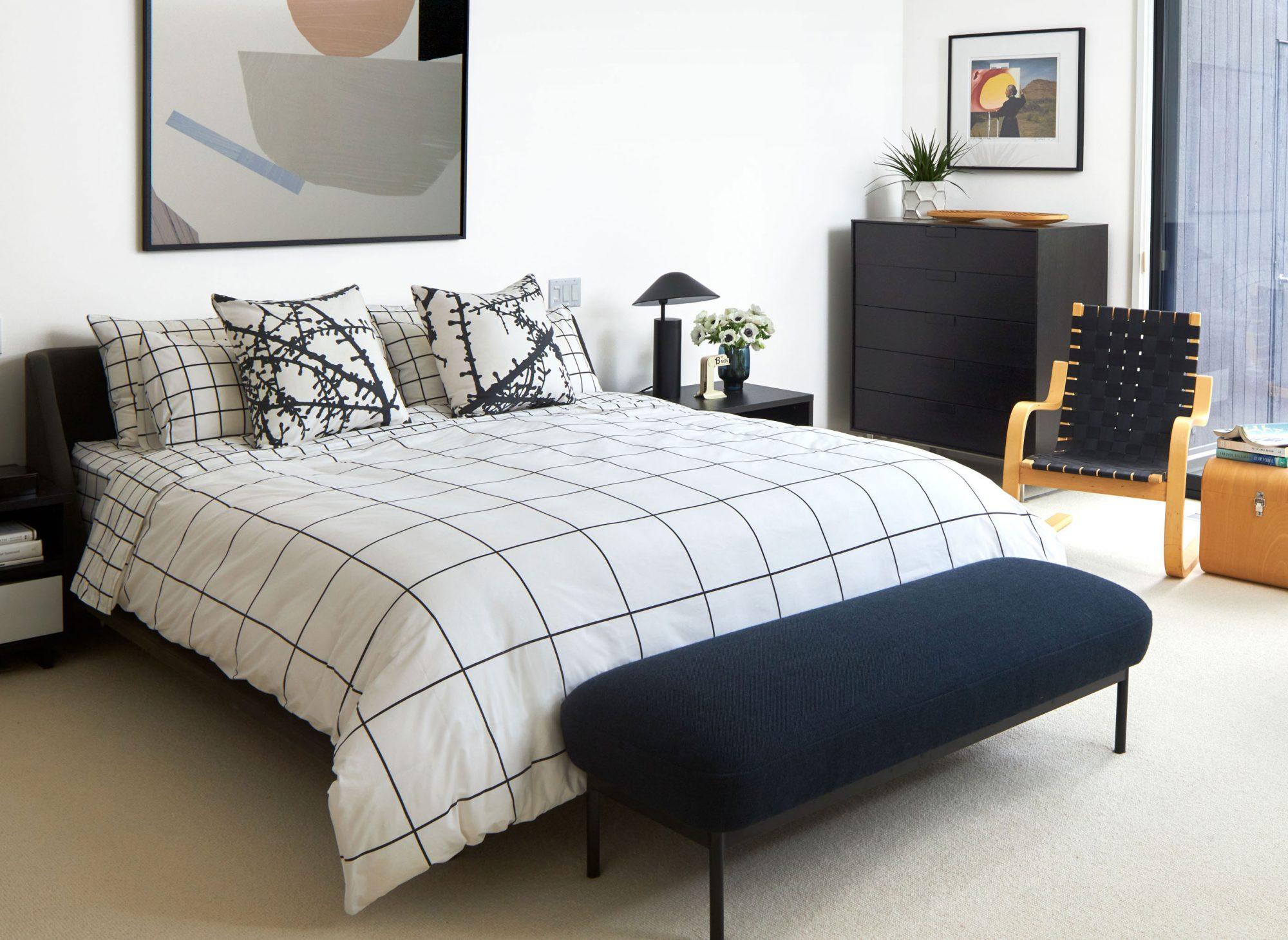 Segal bedroom