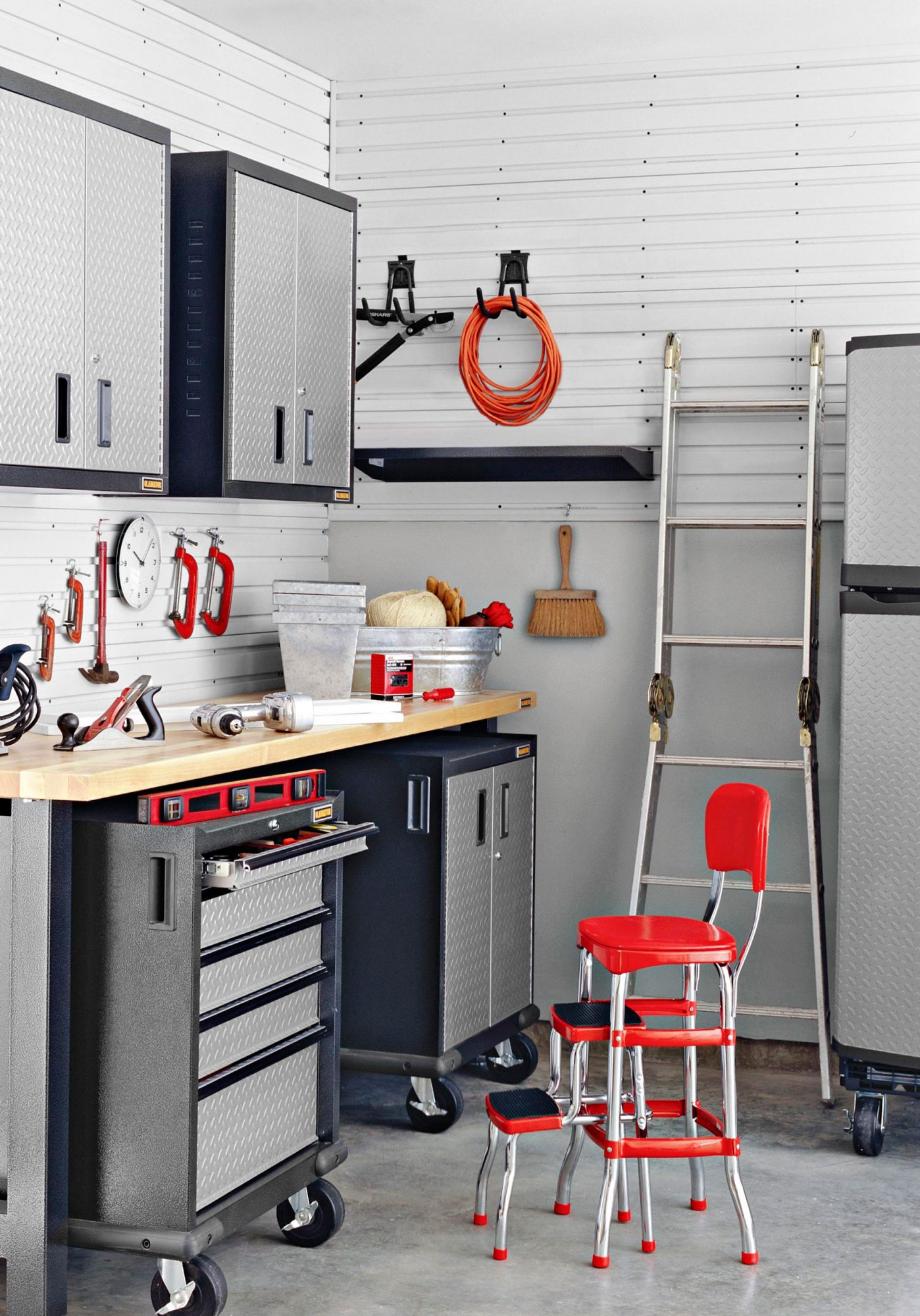 How to Transform Your Cluttered Garage