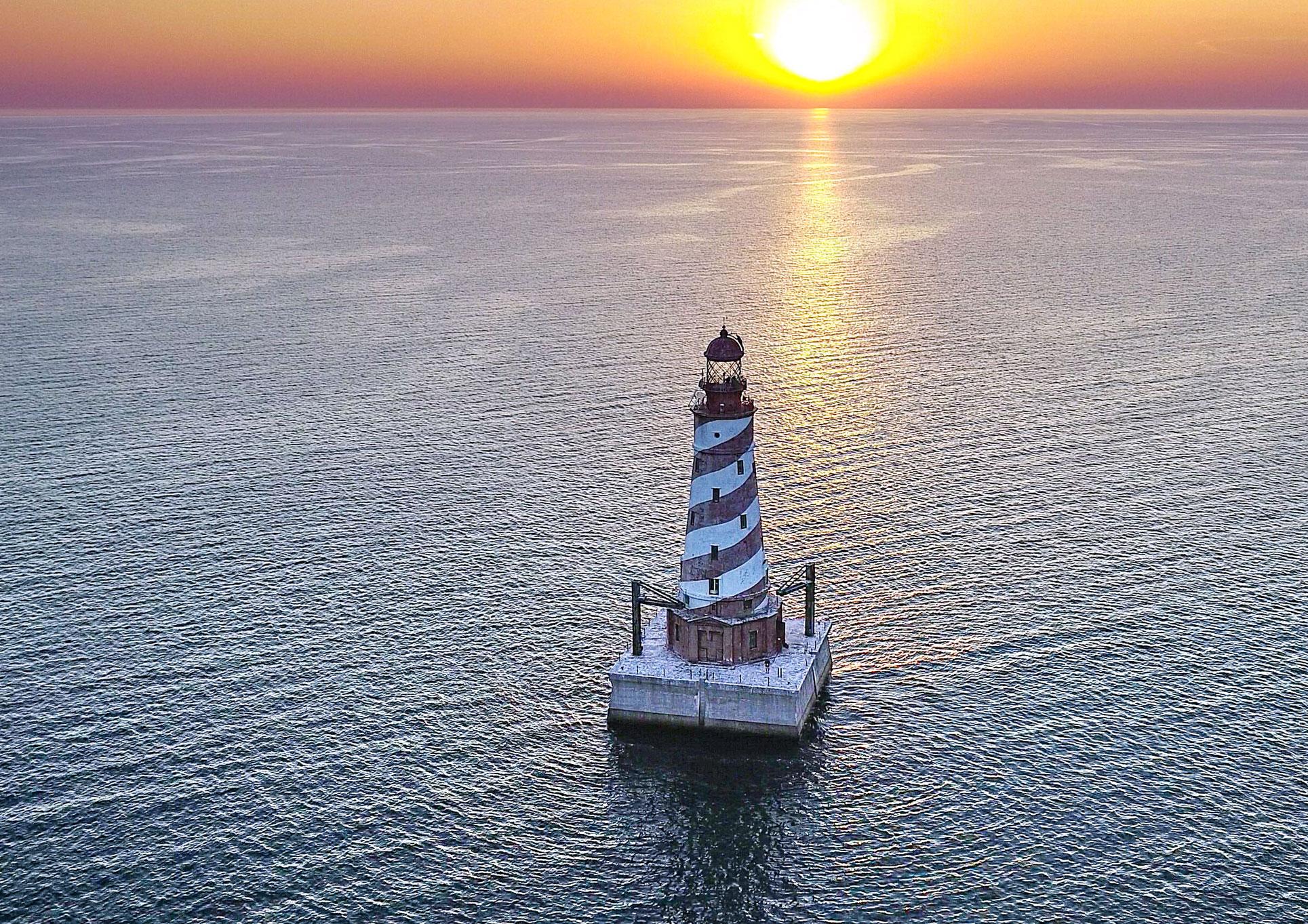 White Shoal LIght lighthouse