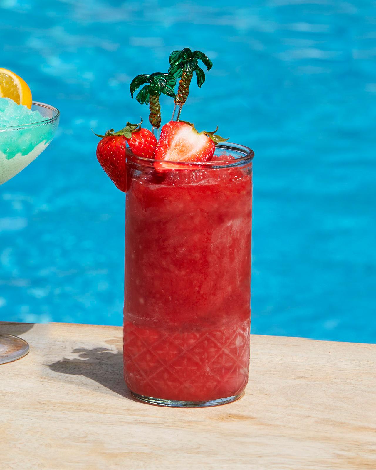 Rhu-Berry Gin Punch Slushie