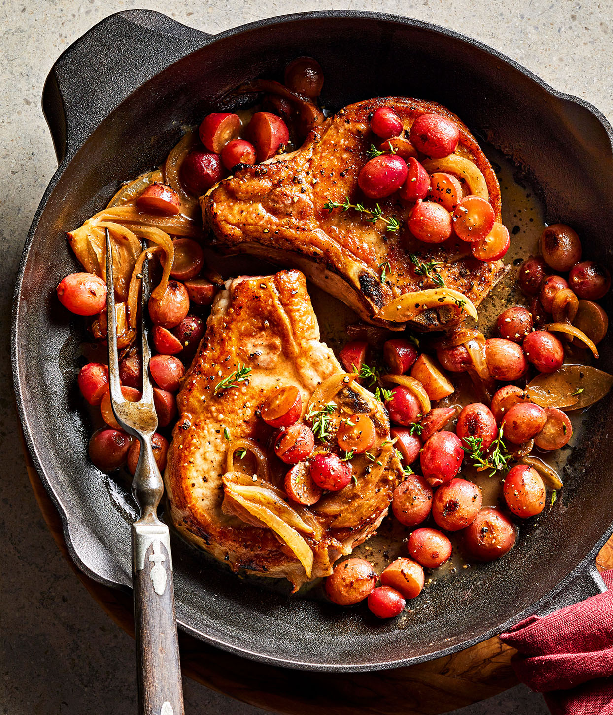 Pork Chops with Grapes and Onions