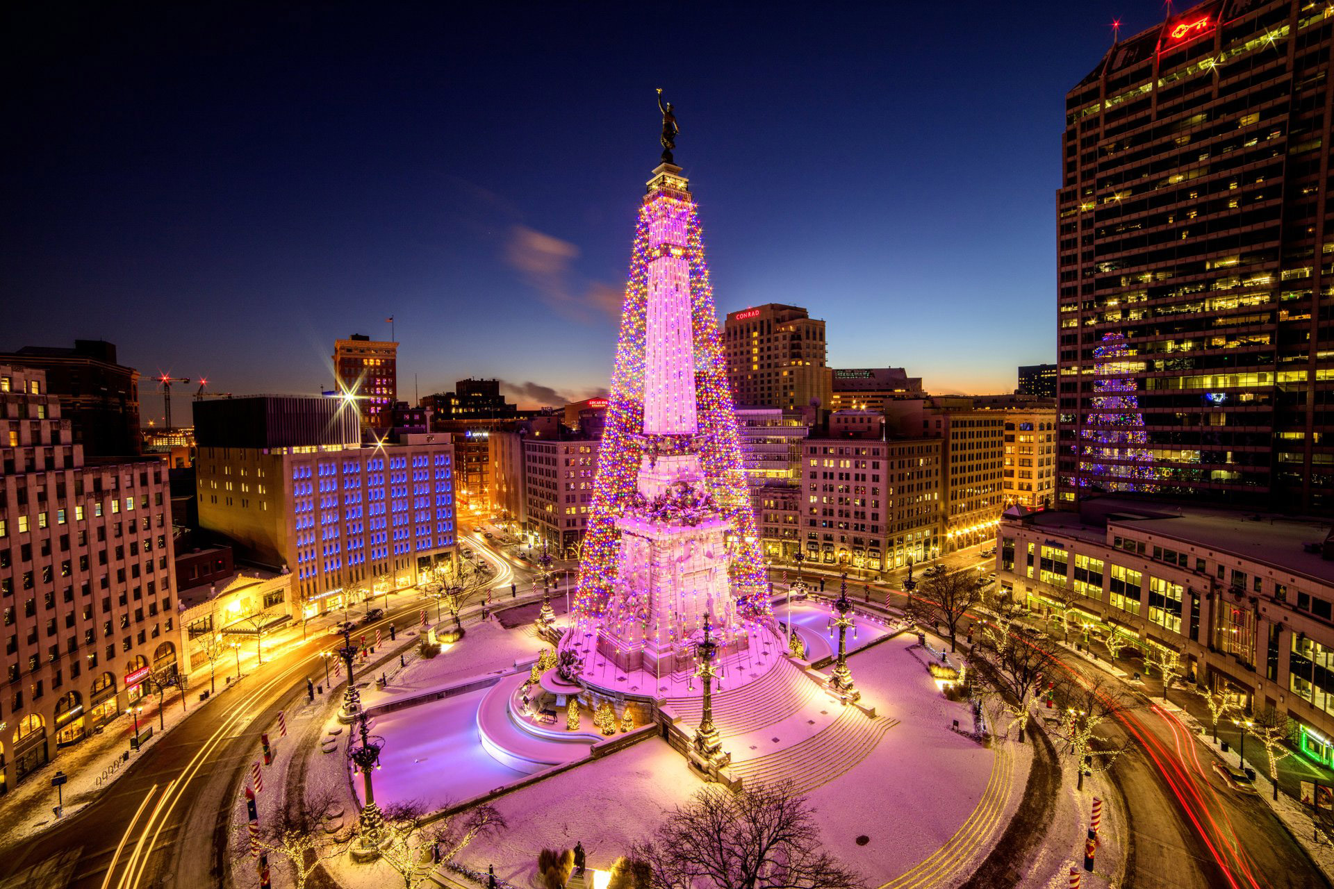 Monument Circle, Indianapolis holiday activities