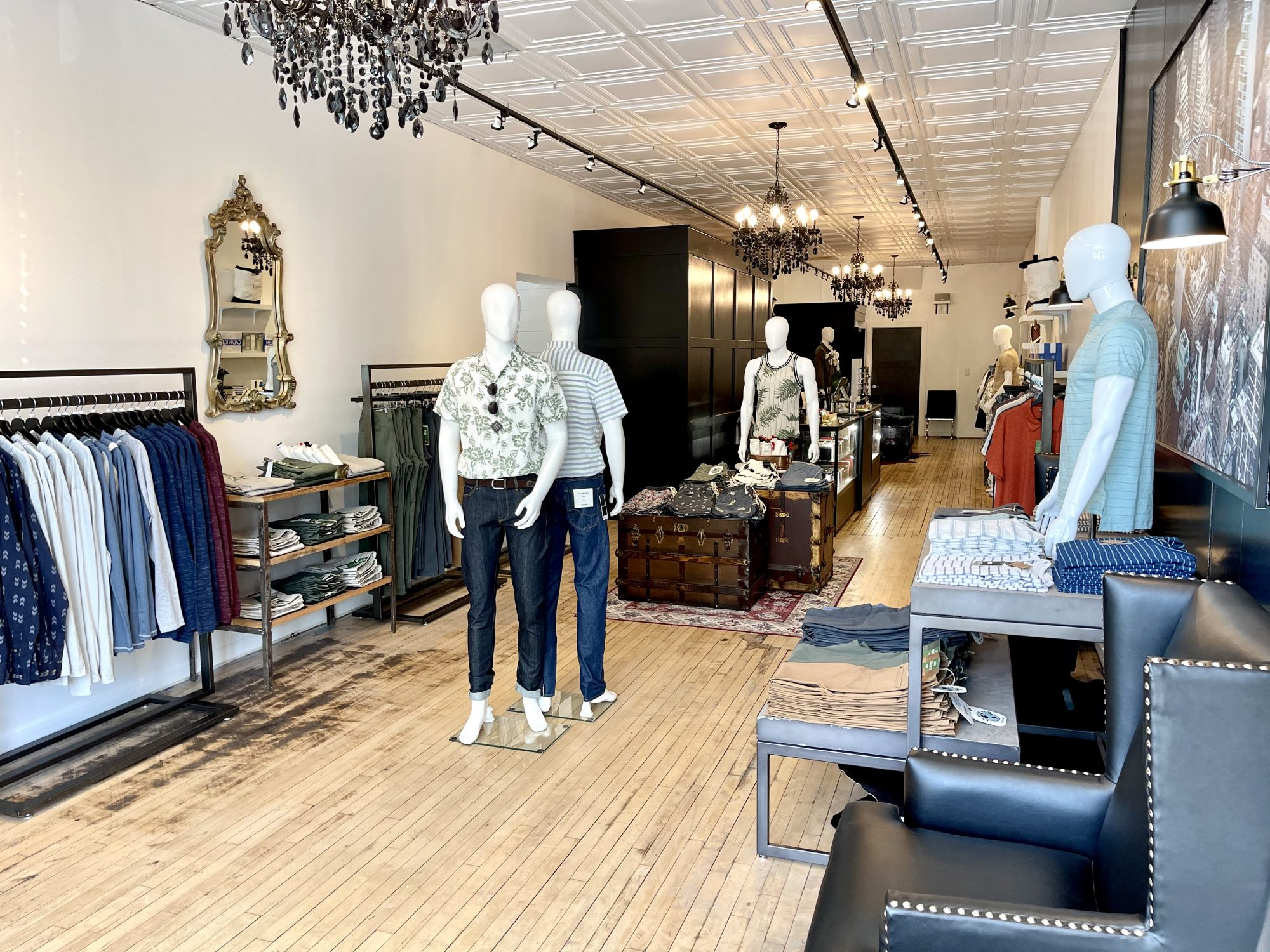 Curated by D&A in Woodstock, Illinois