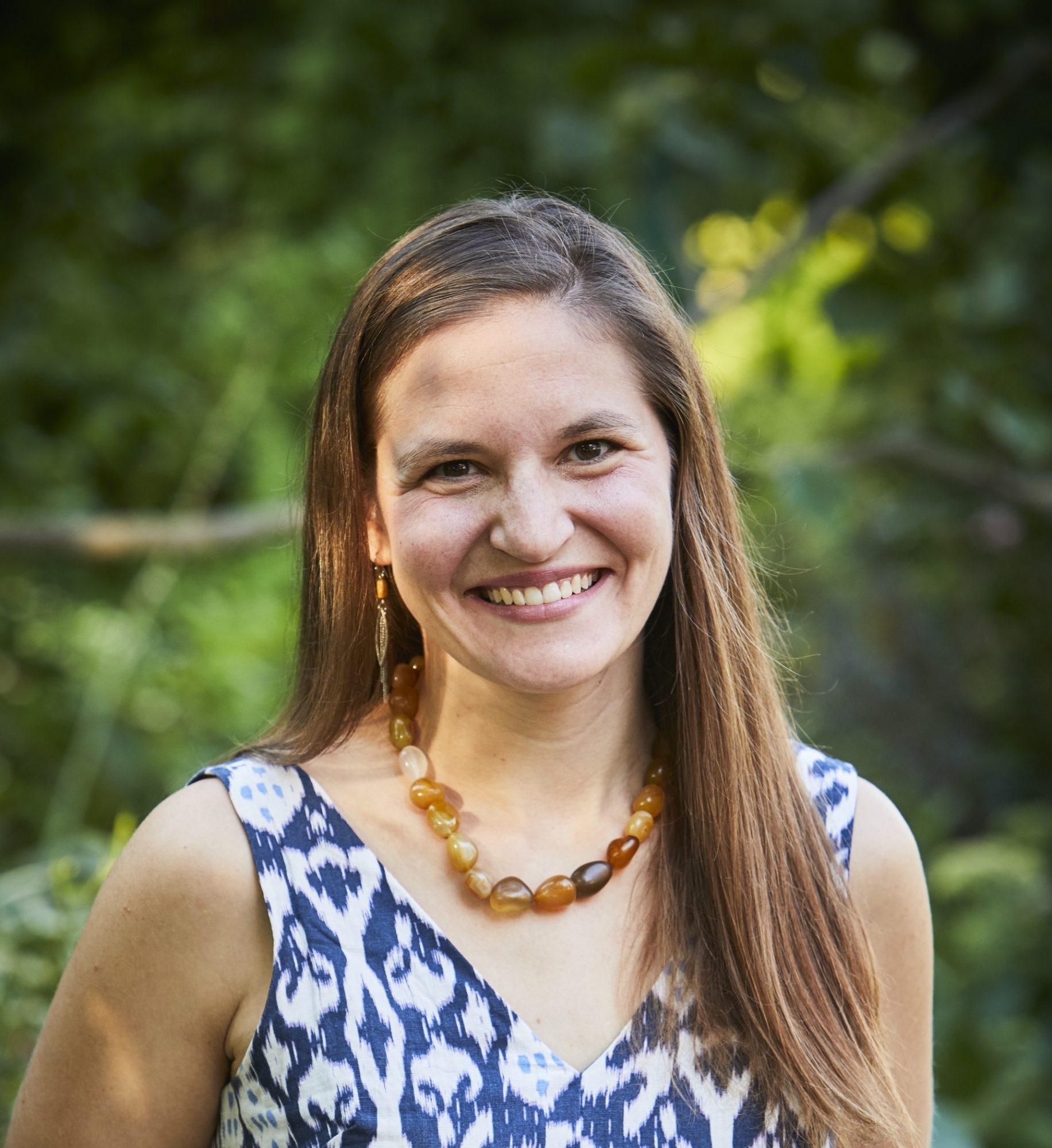 Hannah Agran Author Headshot