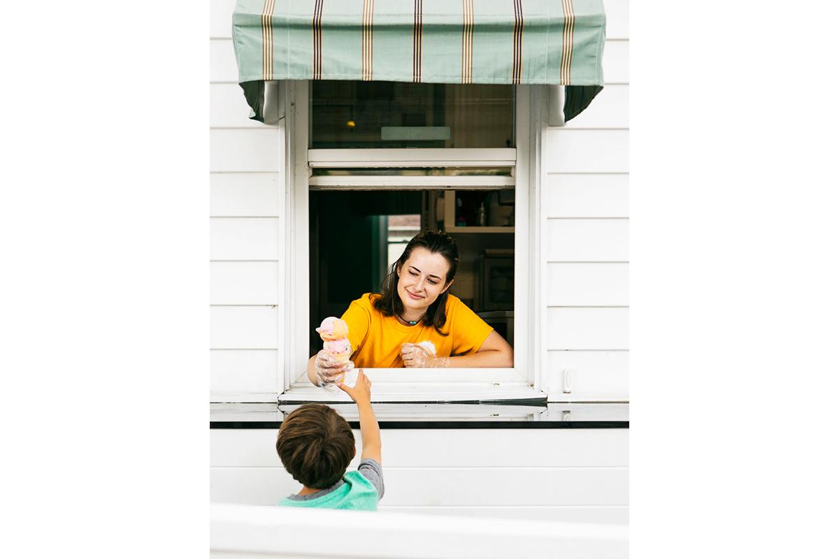 teen serve ice cream for summer job