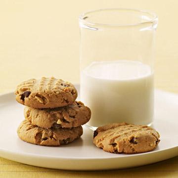 Peanut-Chip Cookies
