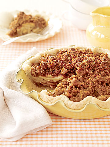 Apple & Nut Pie