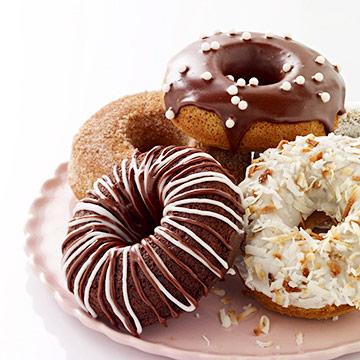 Vanilla Cake Doughnuts