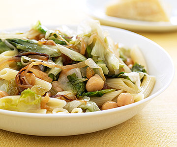 Escarole with Caramelized Onions & Chickpeas