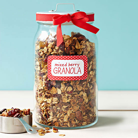 Mixed Berry Granola