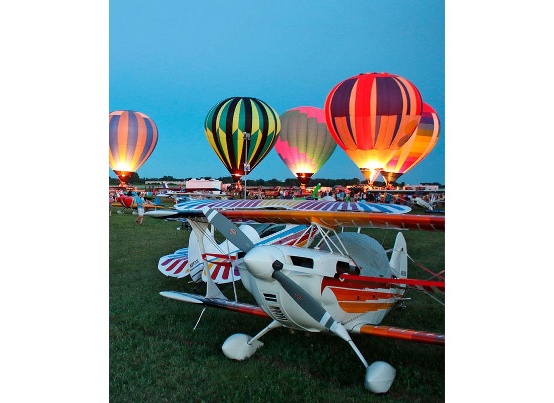 EAA AirVenture Oshkosh Balloon Night Glow