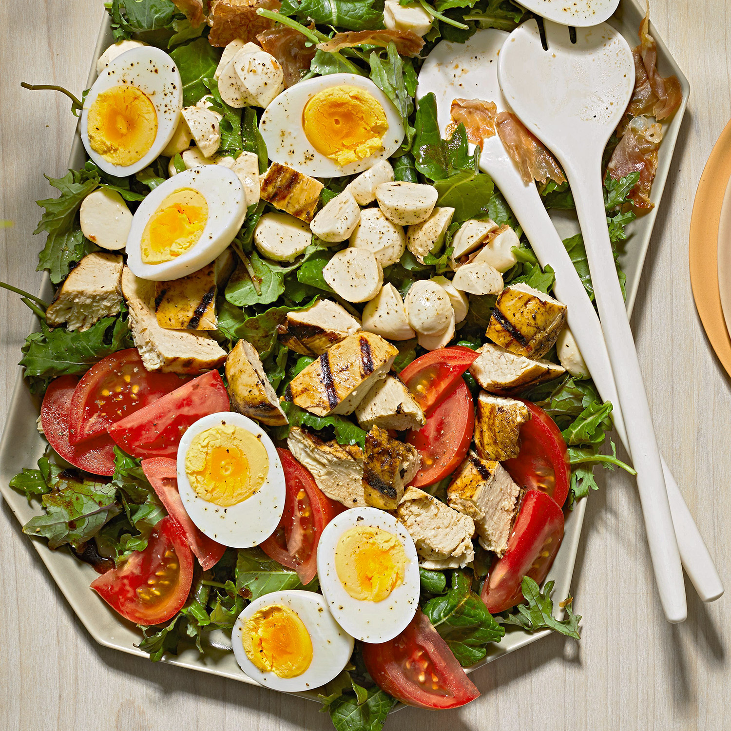 tuscan chicken cobb salad