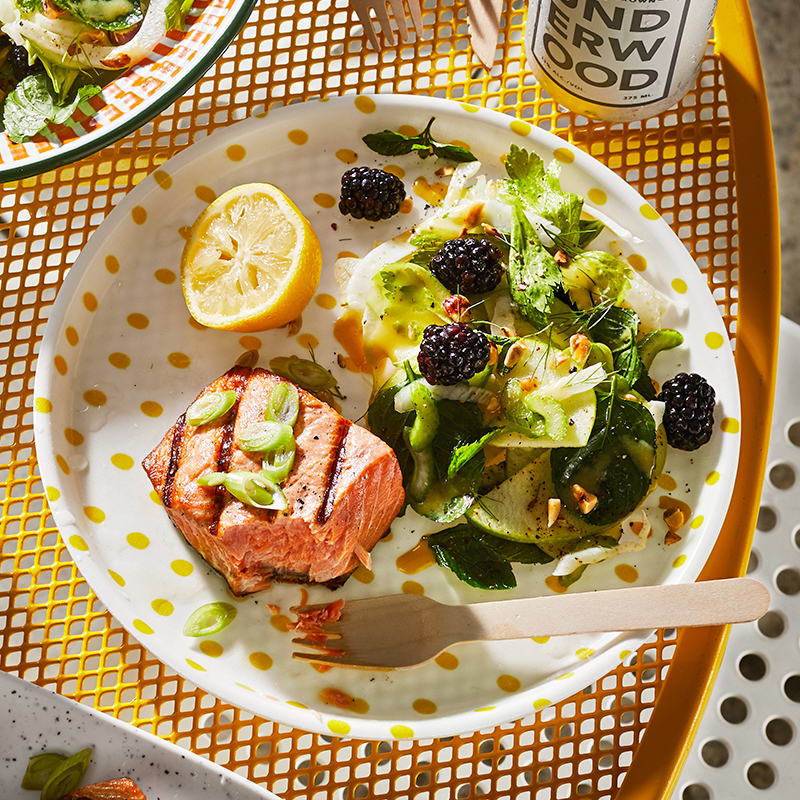 apple-fennel salad with salmon