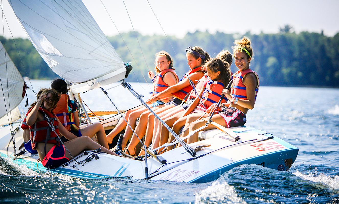 Sailing kids