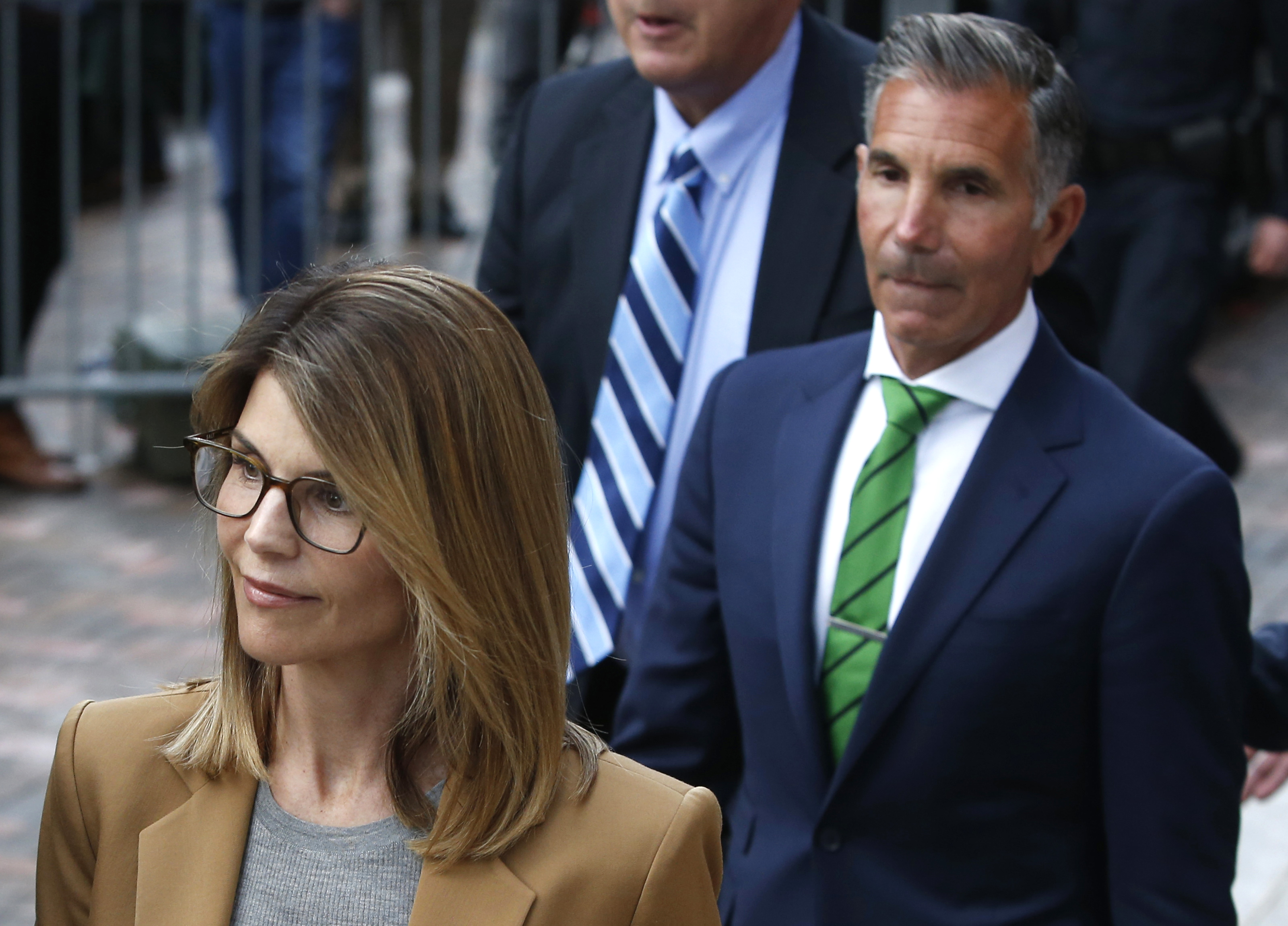 Lori Laughlin and husband enter court 2019