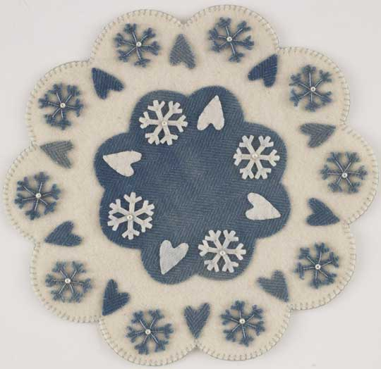 Snowflakes & Heart Wool Table Mat