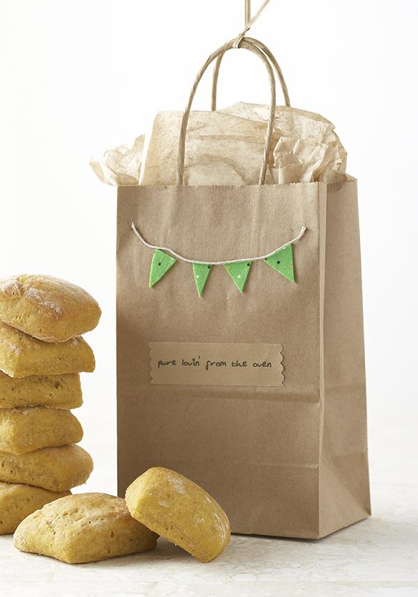 Garland Gift Bag