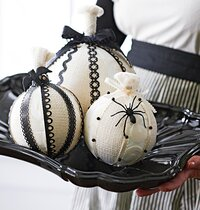 Naturally Spooky Pumpkins