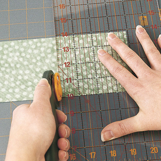 Cutting Half-Square Triangles (left-handed)