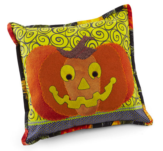 happy-pumpkin-pillowlg_1.jpg