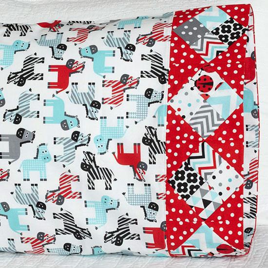 Robert Kaufman Fabrics - Pattern 38