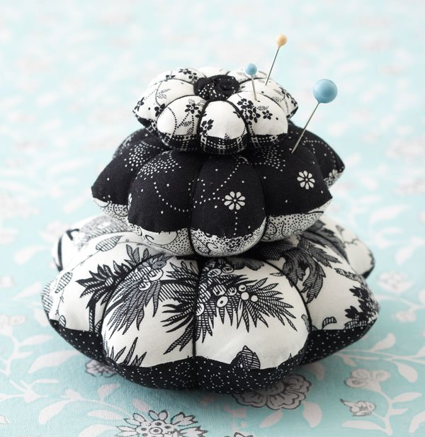 Pretty Pincushion Stack