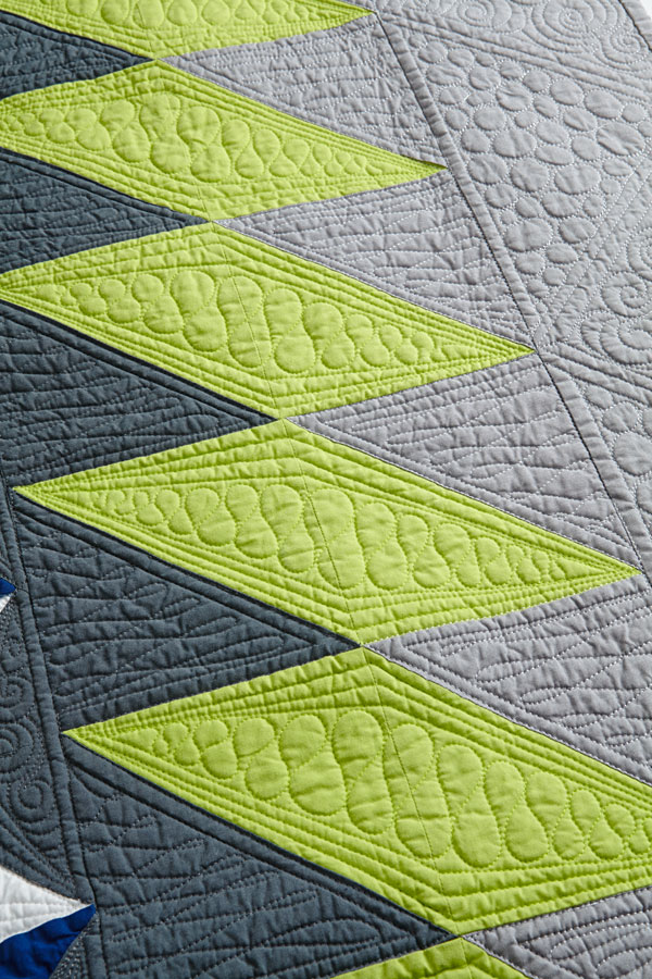 Lightning Strike Machine-Quilting Detail