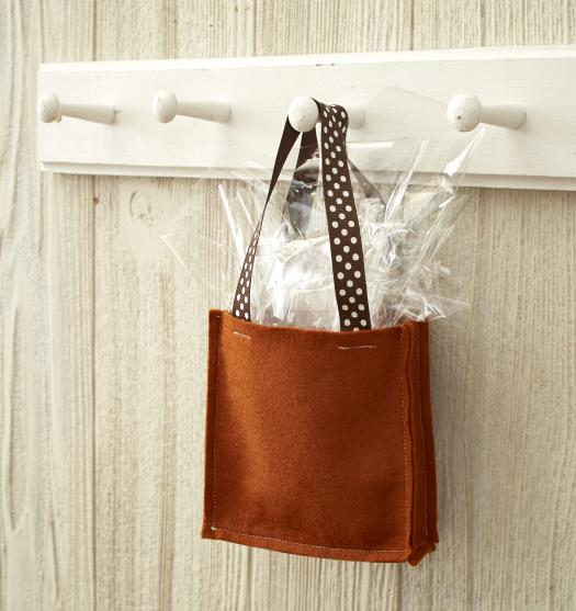 treat_bag_1-525x557.jpg