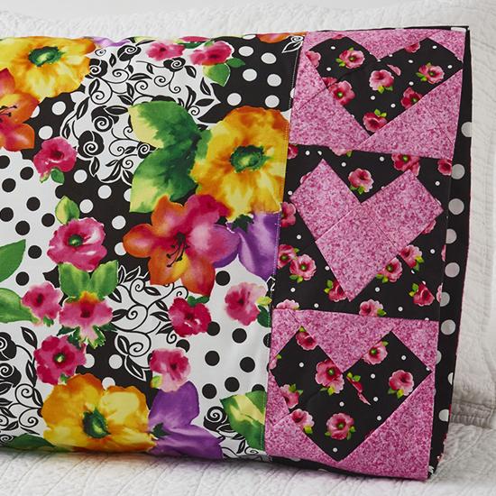 QT Fabrics - Pillowcase 69: Wonky Heart Band