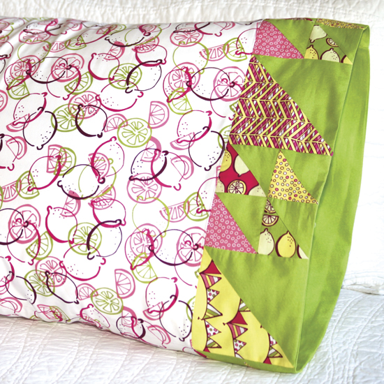 Benartex- Pillowcase 66: Doubled-Up Triangle Square