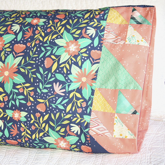 Moda - Pillowcase 66: Doubled-Up Triangle Square