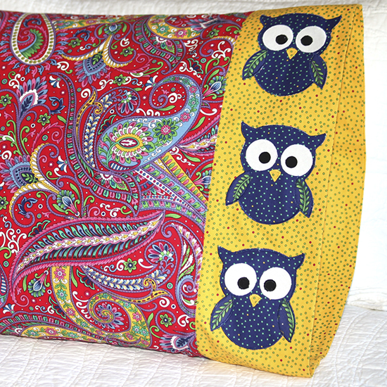 QT Fabrics - Pillowcase 67 Owl Appliqué