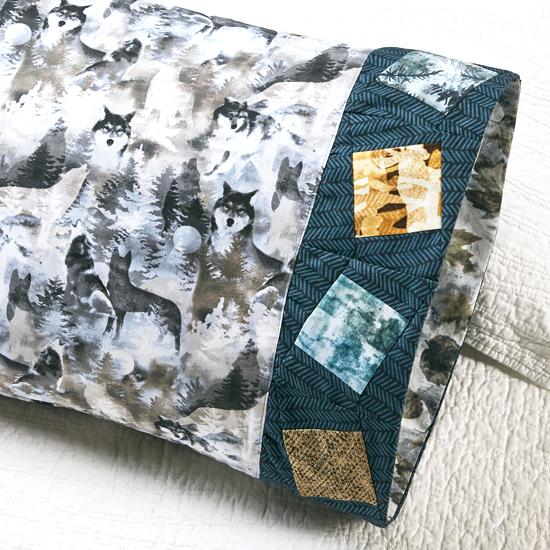 Benartex- Pillowcase 71: Wonky Square