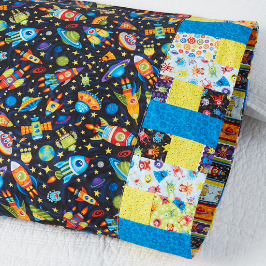 Paintbrush Studio - Pillowcase 76: Confetti Band