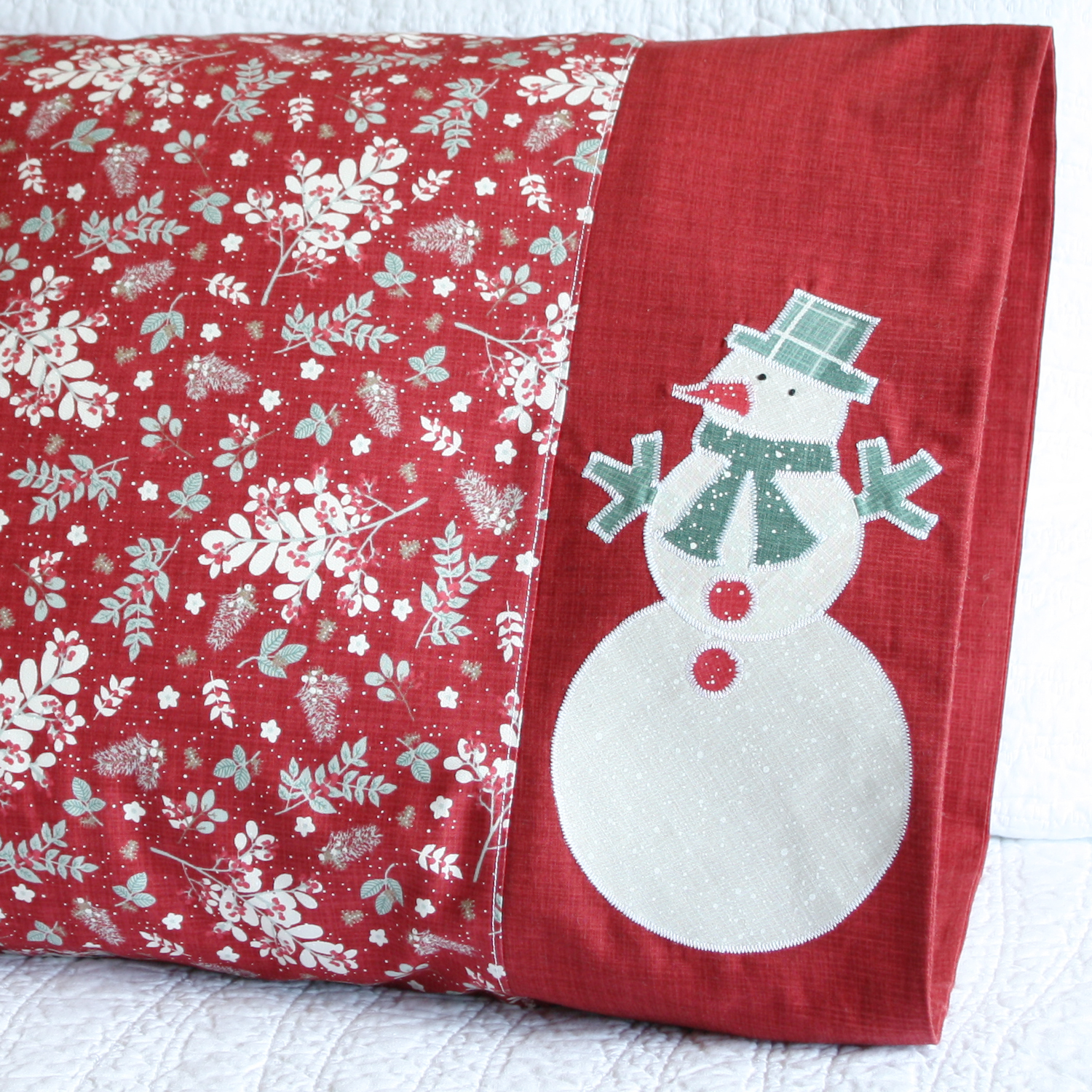 Snowman Applique Pillowcase in Moda Fabrics