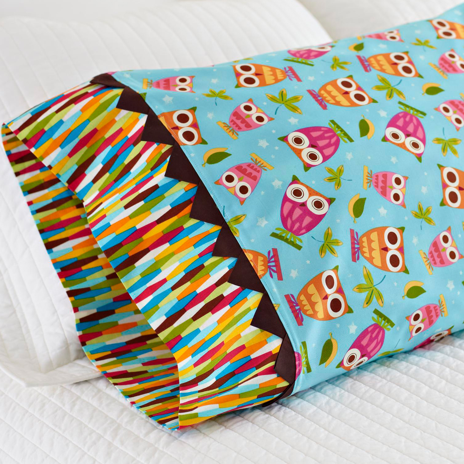 owl prairie point pillowcase