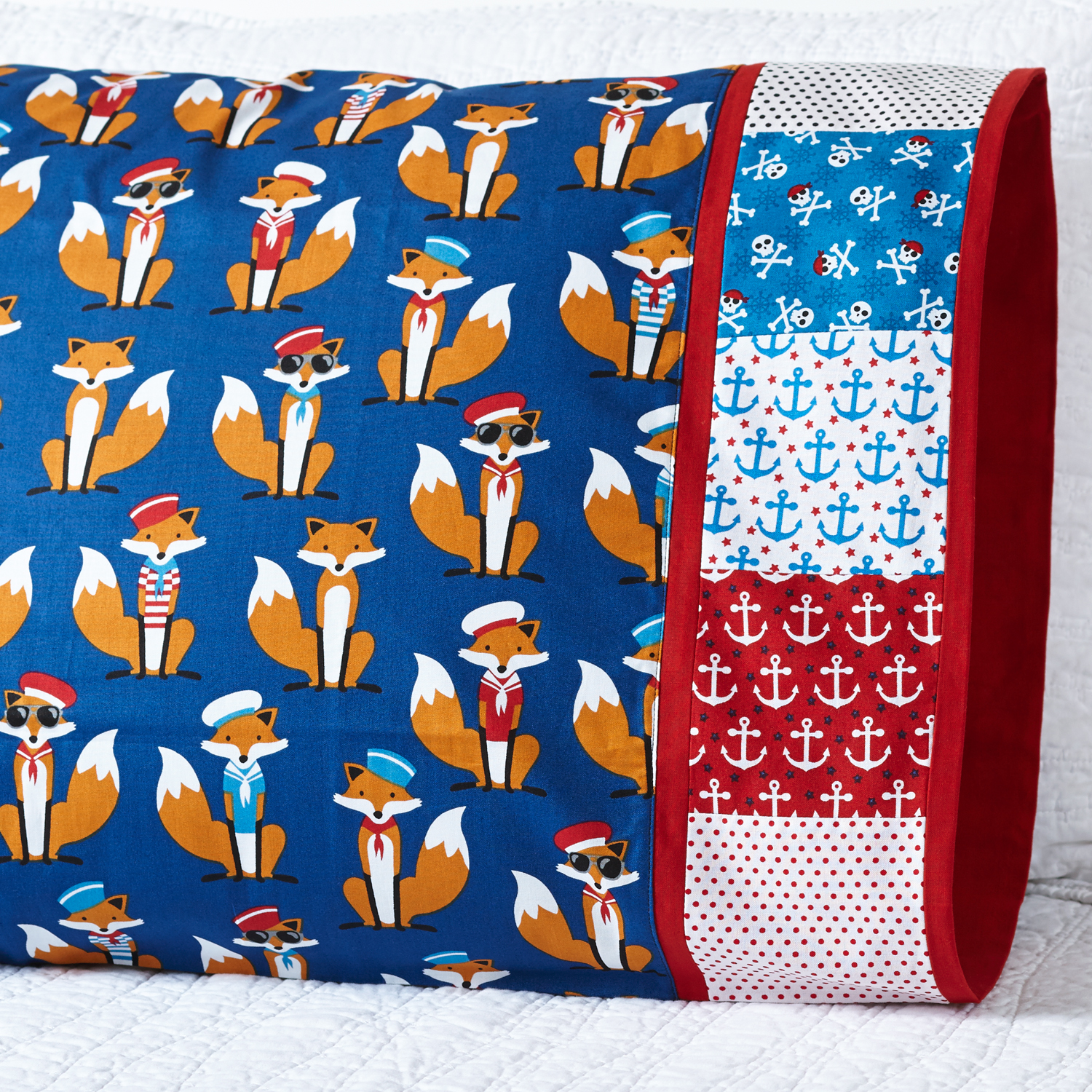 Fox pillowcase with square design band