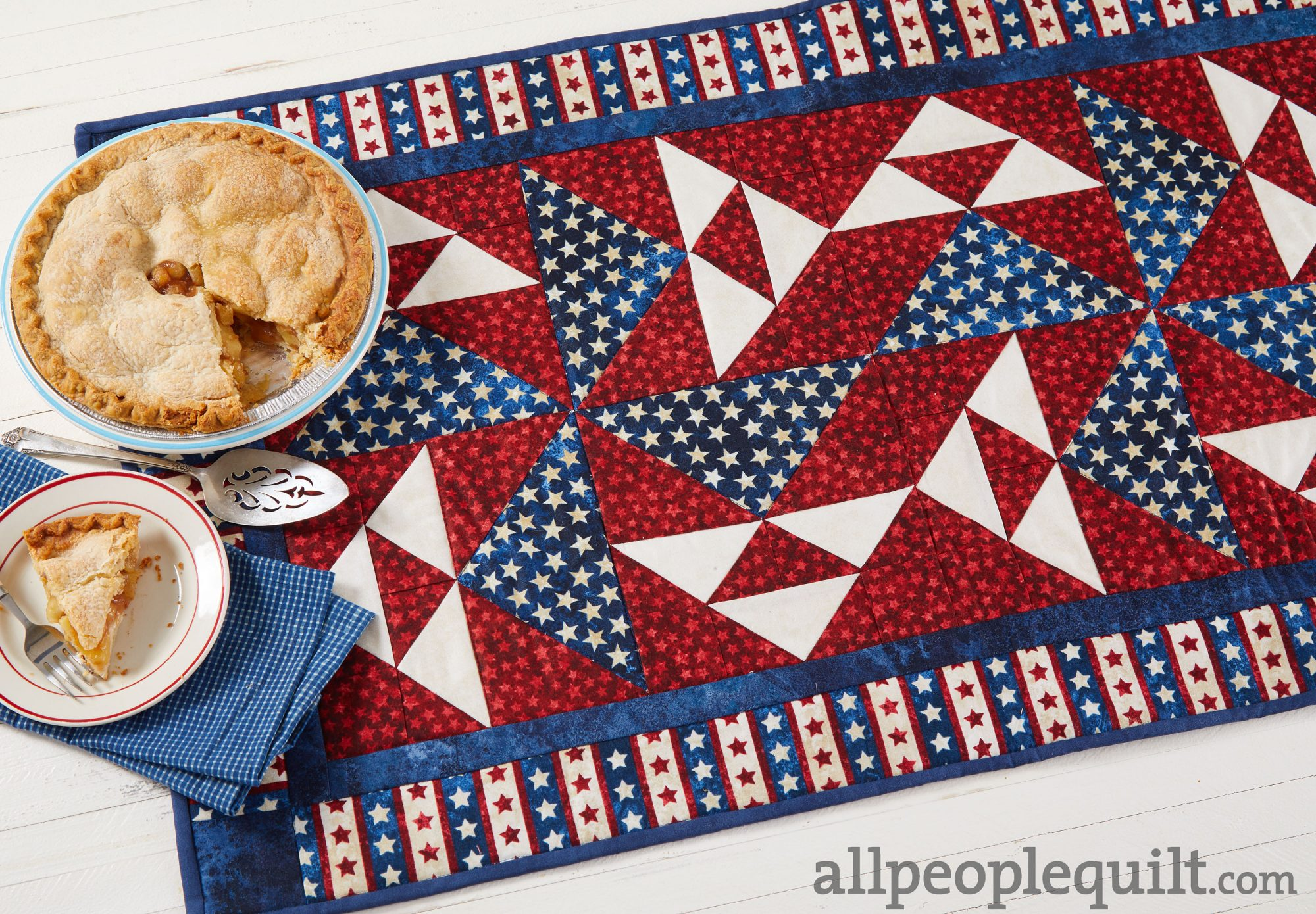 Patriotic Spinner Table Runner