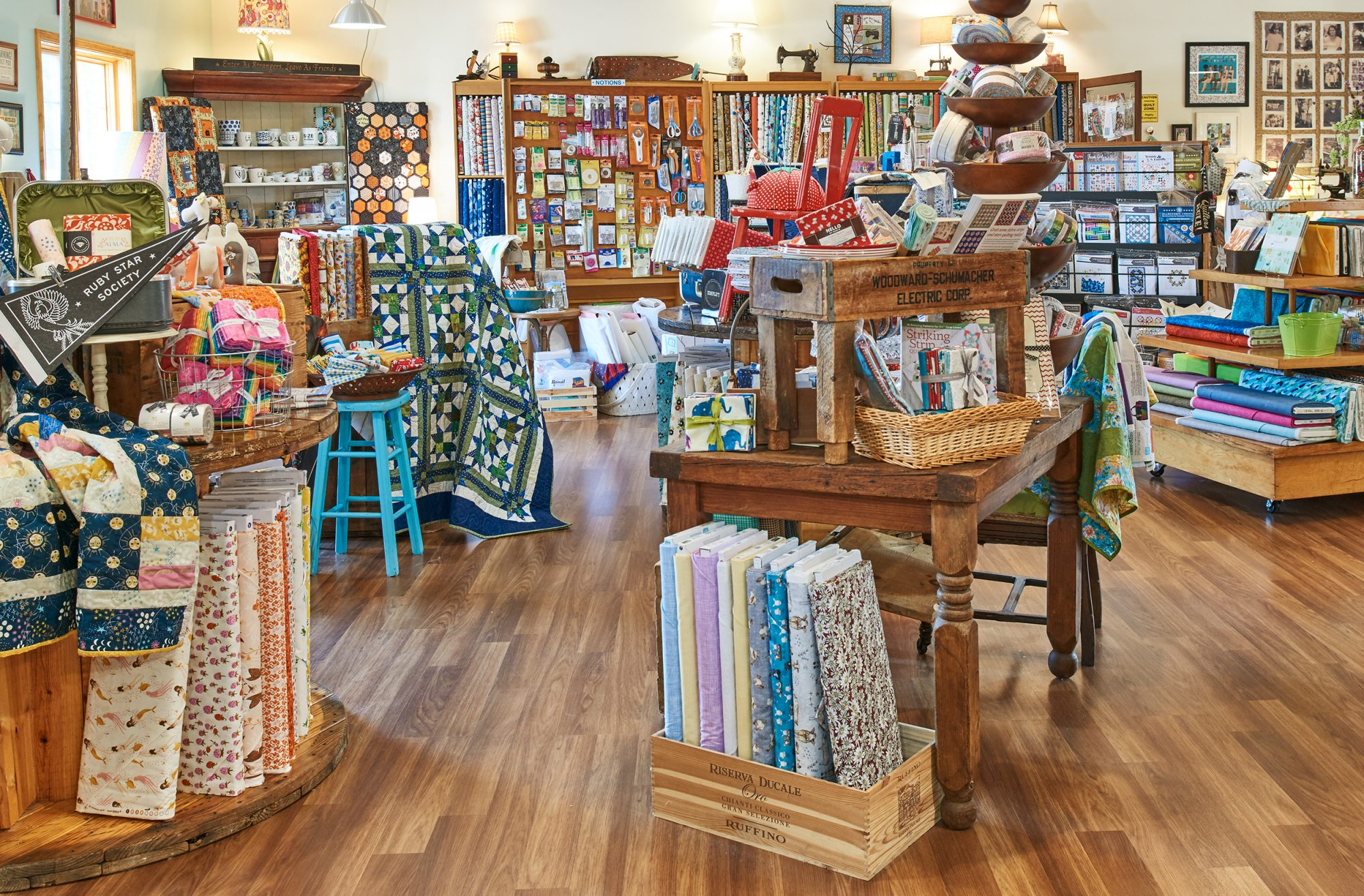 Unraveled Quilt Store